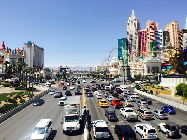 traffic-city-road-travel-metropolitan-area 图片素材