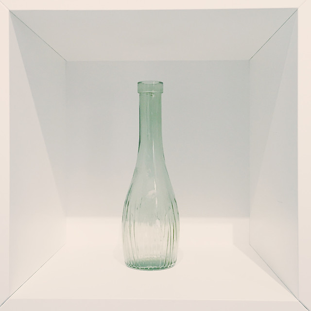 glass-bottle-container-liquid-flask picture material