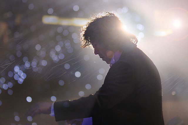 concert-music-people-light-photograph picture material