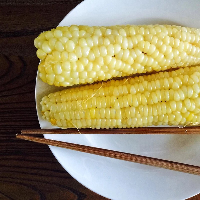 corn-hazelnut-corncob-cereal-meat 图片素材