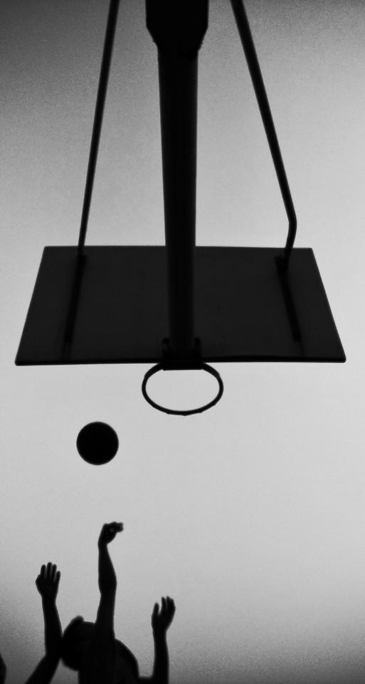 black-black-white-no-person-light-fixture-monochrome 图片素材