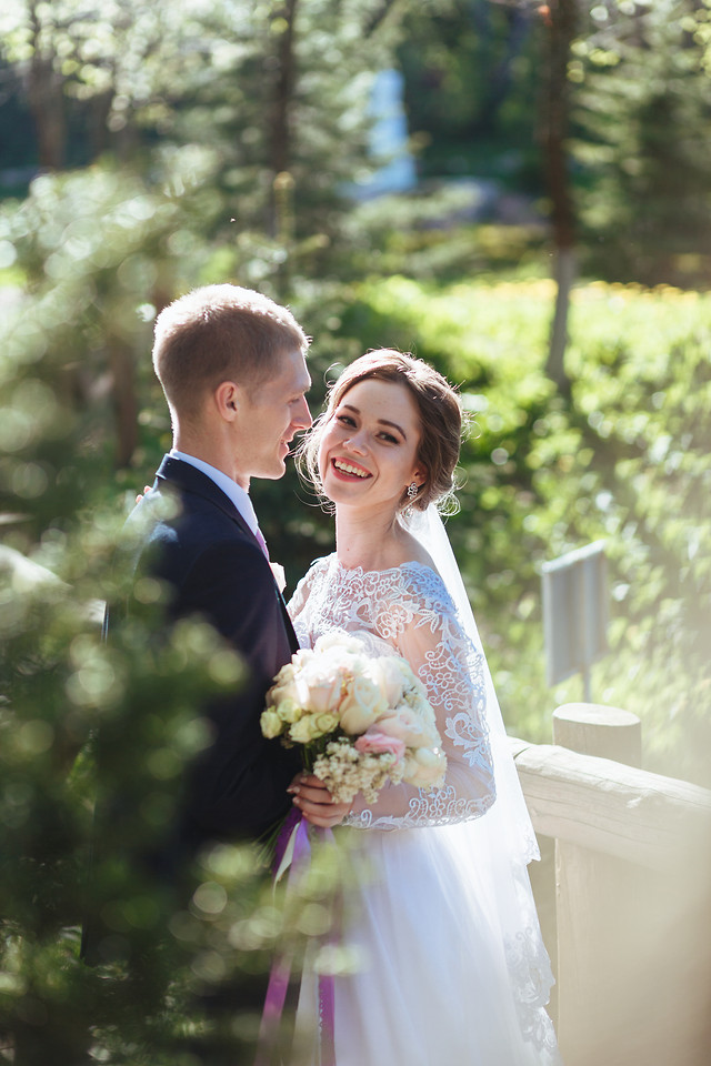 wedding-bride-groom-marriage-love picture material
