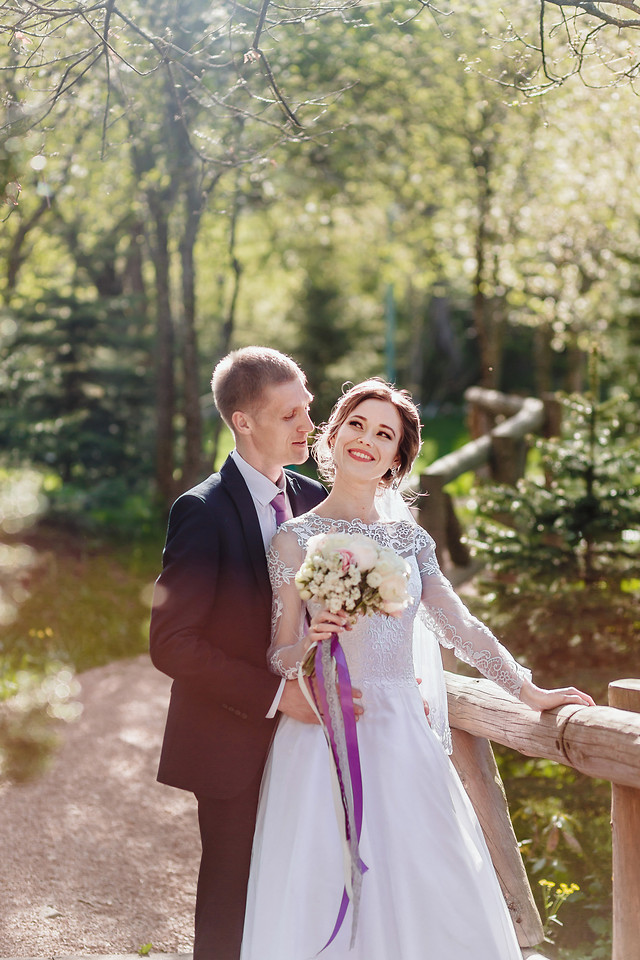 wedding-bride-groom-love-nature picture material
