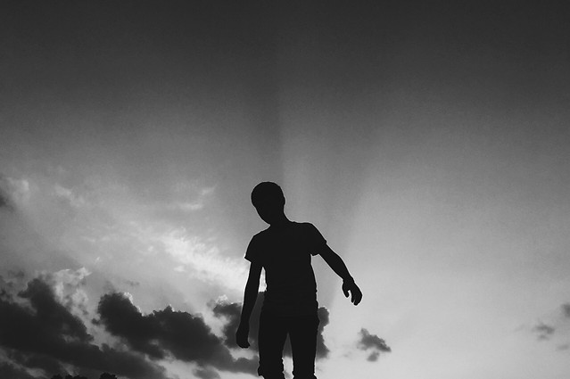 silhouette-people-sky-cloud-monochrome picture material