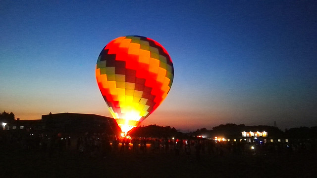 balloon-hot-air-ballooning-no-person-hot-air-balloon-sky picture material