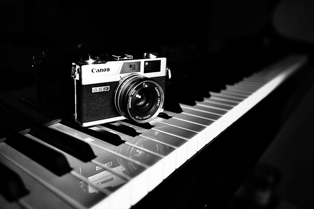 instrument-lens-sound-music-equipment picture material