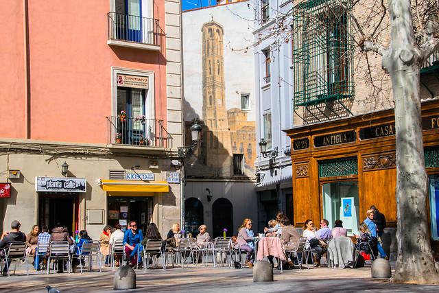 street-city-tourism-tourist-architecture picture material