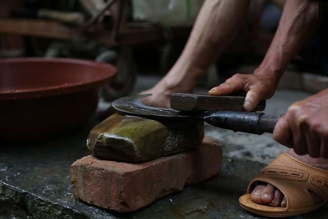 artisan-pottery-skill-people-clay picture material