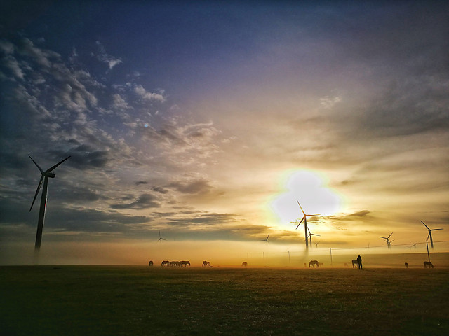 windmill-electricity-wind-turbine-energy picture material