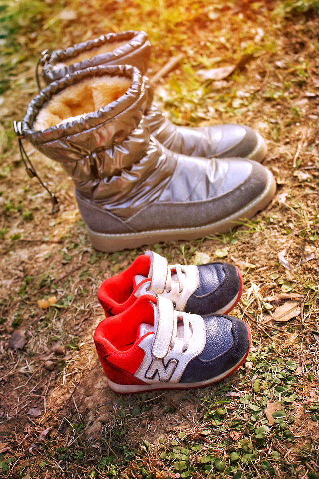 footwear-foot-nature-shoe-outdoors picture material