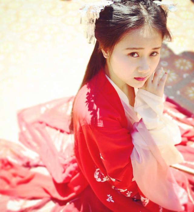 fashion-woman-pretty-cute-glamour picture material