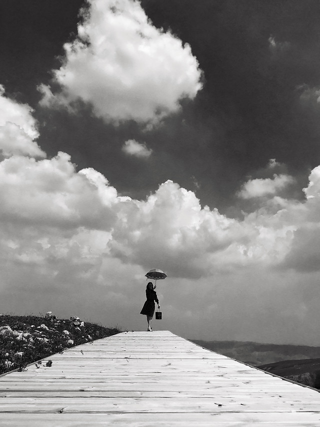 people-cloud-sky-monochrome-man picture material