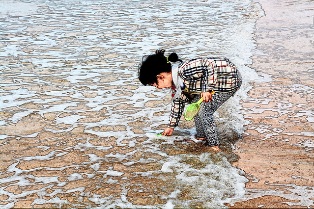 water-beach-child-people-sea picture material