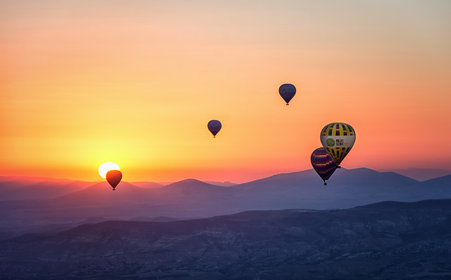 balloon-hot-air-balloon-adventure-parachute-flying picture material