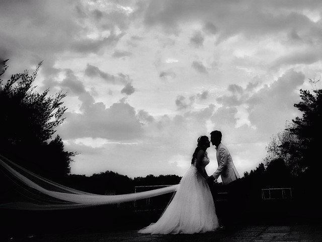 wedding-bride-monochrome-sunset-people picture material