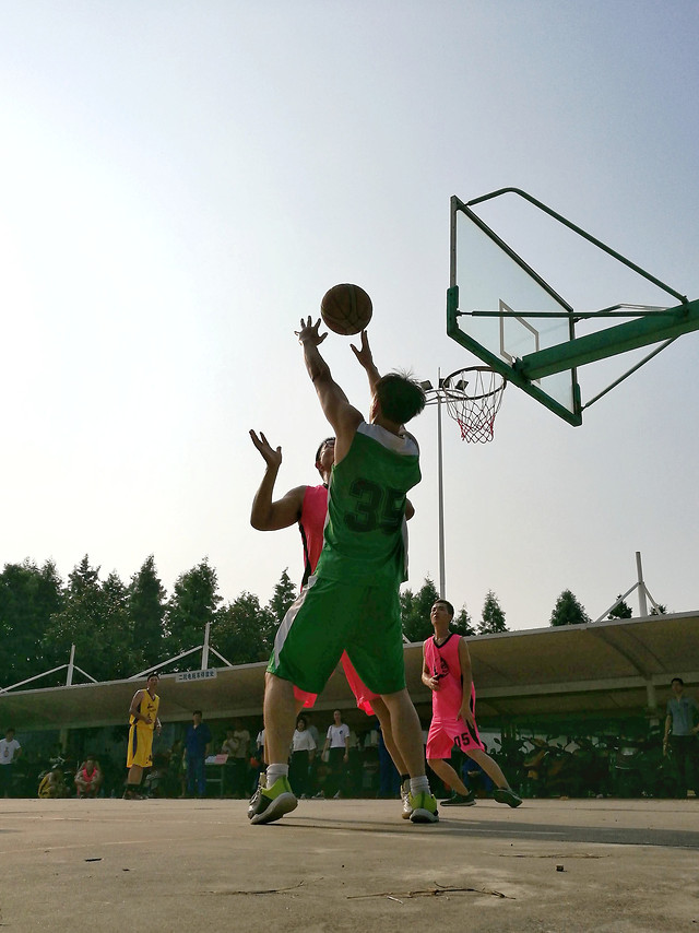 ball-competition-athlete-basketball-people picture material
