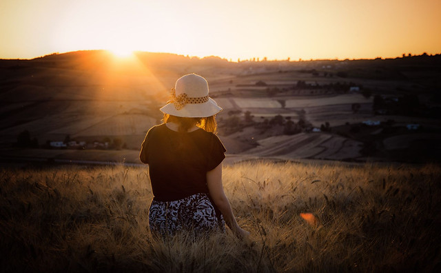 sunset-sun-girl-landscape-nature picture material