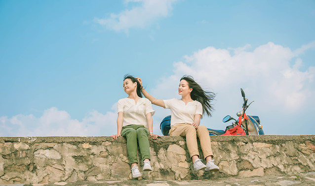 woman-sky-togetherness-fun-leisure picture material