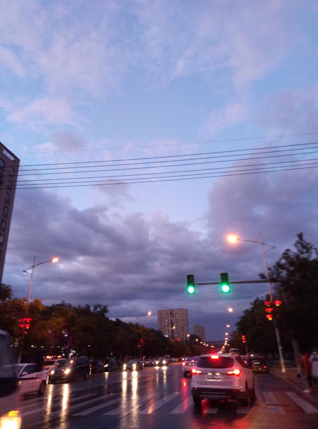 city-bridge-road-street-traffic 图片素材