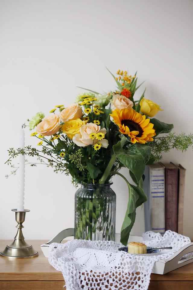 vase-flower-bouquet-no-person-decoration picture material
