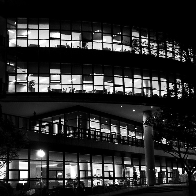 architecture-monochrome-city-reflection-modern picture material