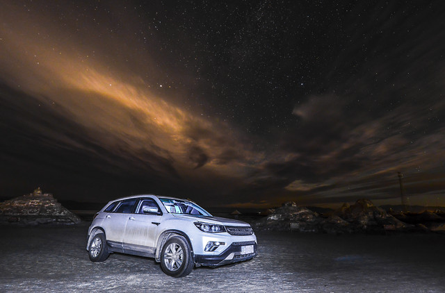 car-sea-beach-motor-vehicle-storm picture material