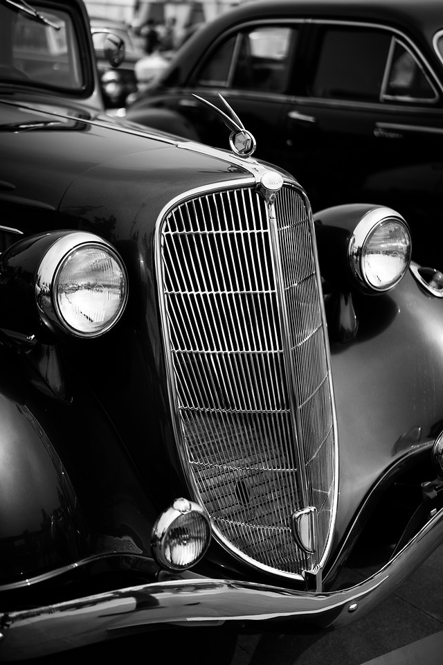 car-chrome-classic-transportation-system-vehicle picture material