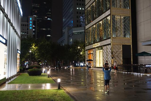 city-architecture-building-street-metropolitan-area 图片素材