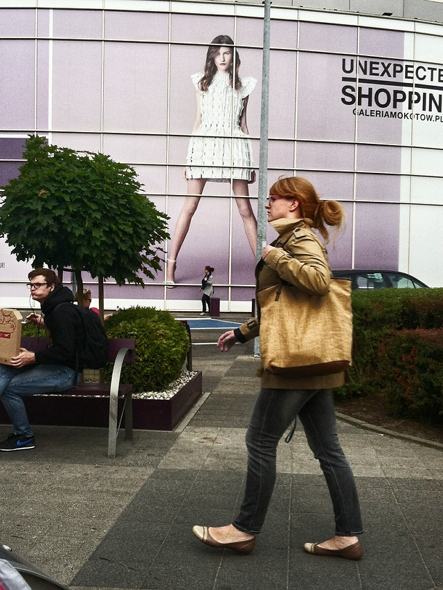 people-woman-adult-business-street picture material