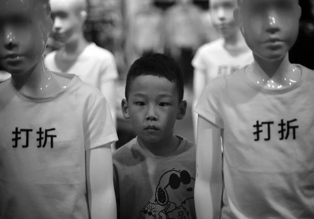 child-people-white-portrait-black 图片素材