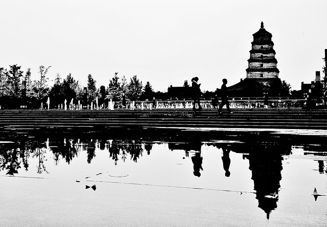 temple-architecture-travel-no-person-reflection picture material