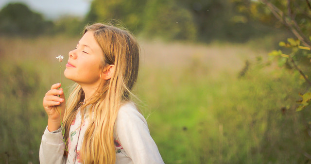 nature-outdoors-grass-girl-summer picture material