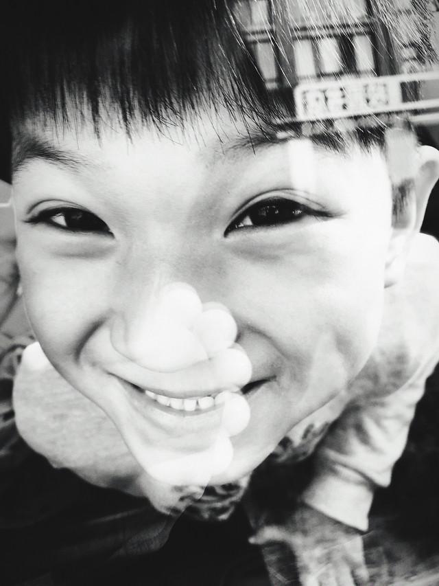 portrait-monochrome-people-child-face picture material
