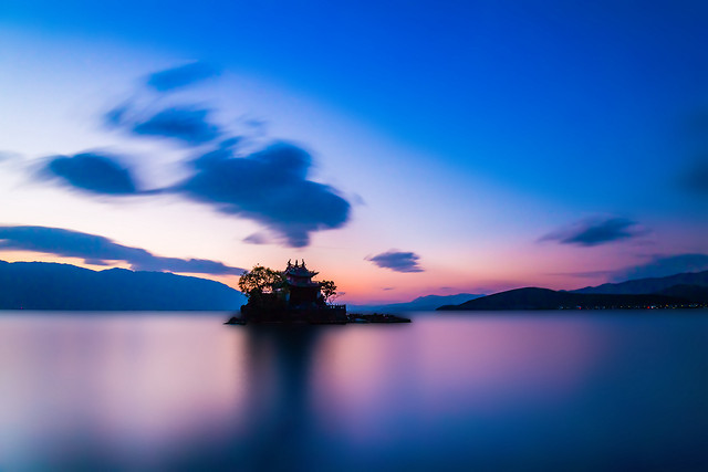 sunset-water-no-person-dawn-sky 图片素材