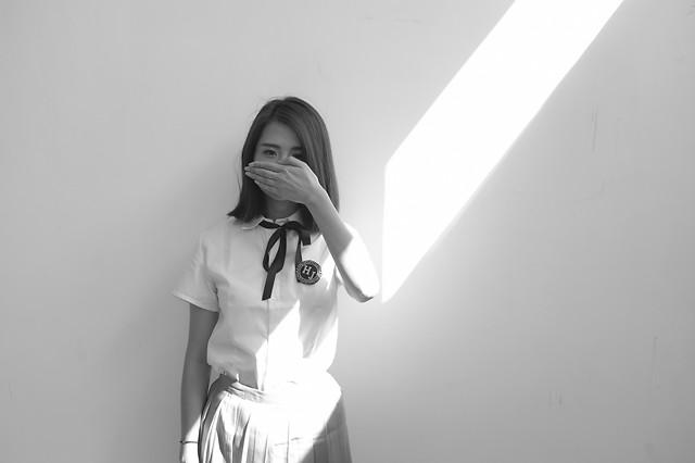 girl-portrait-woman-model-studio picture material