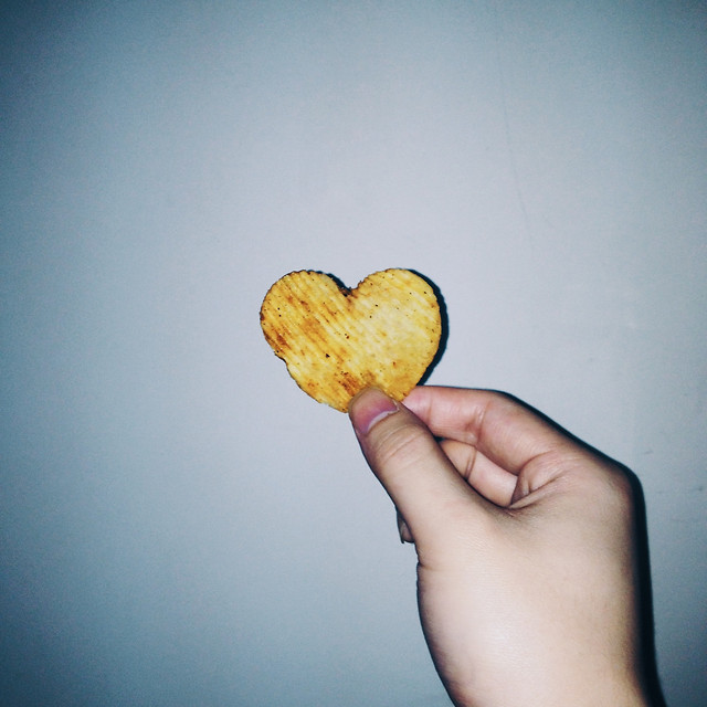 food-love-one-heart-apple picture material