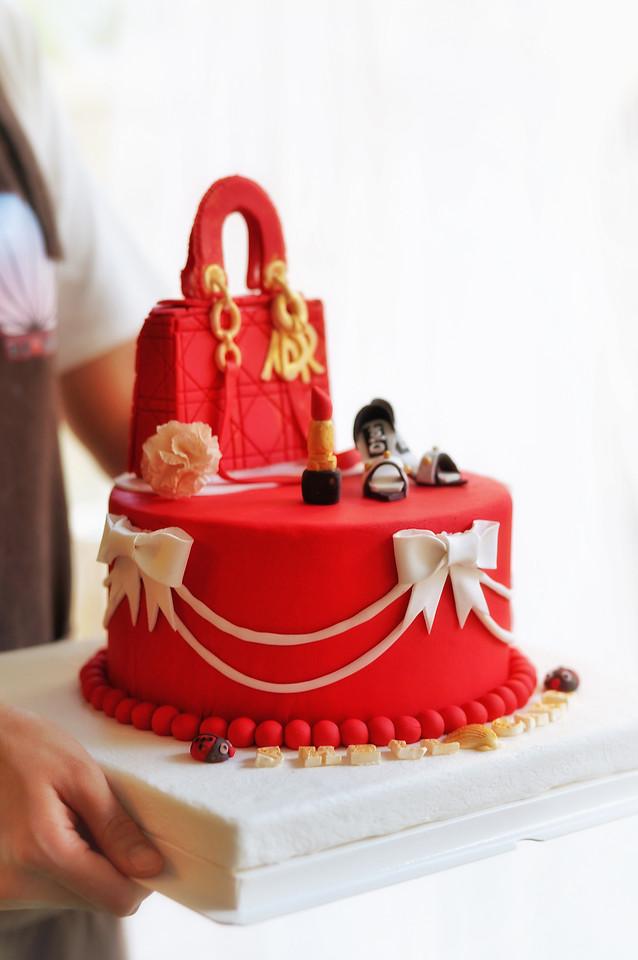 cake-people-cake-decorating-no-person-torte 图片素材