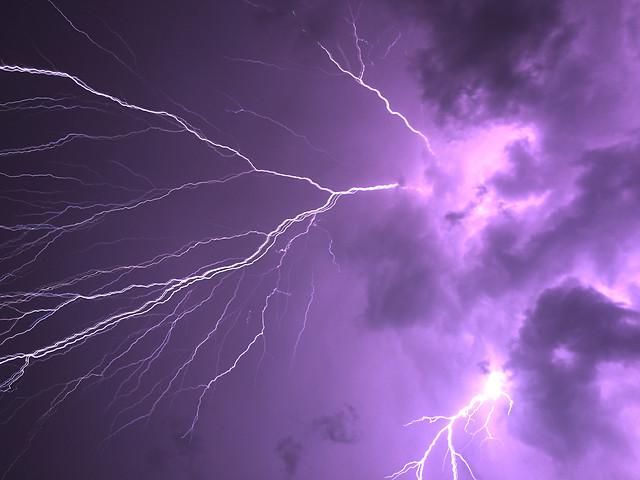 lightning-thunderstorm-storm-thunderbolt-thunder picture material