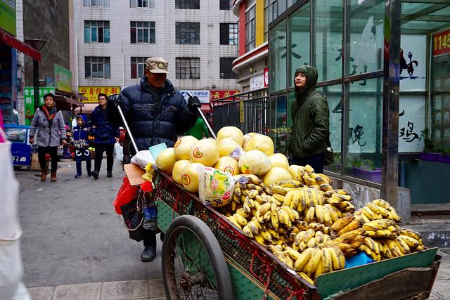 market-street-people-commerce-city 图片素材