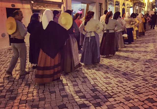 people-woman-group-religion-street picture material