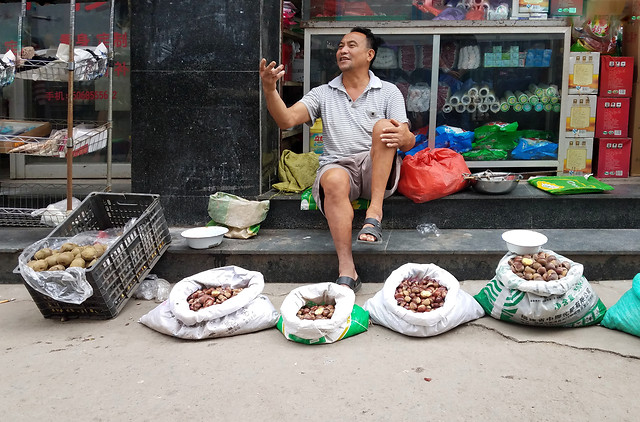 people-market-street-food-adult 图片素材