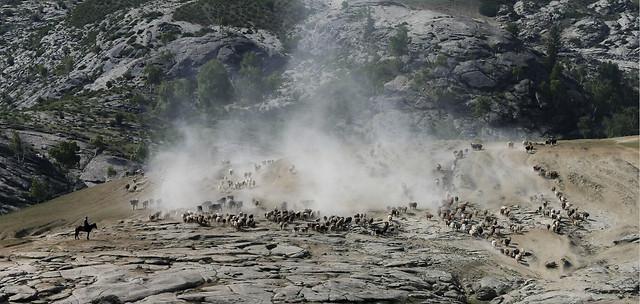 no-person-volcano-eruption-water-landscape picture material