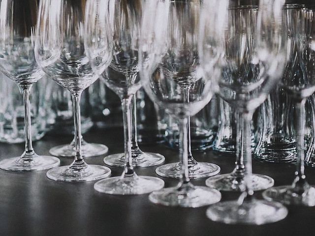 wine-champagne-crystal-party-celebration picture material