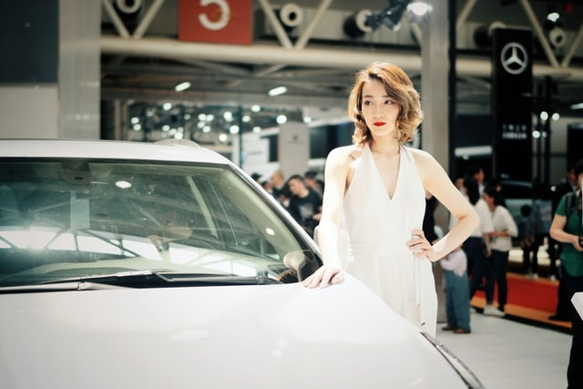 car-vehicle-exhibition-girl-model picture material