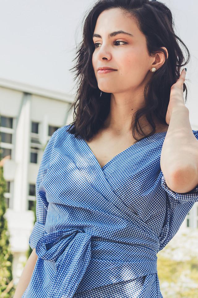 woman-portrait-blue-people-adult picture material
