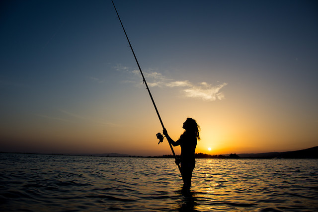 sunset-beach-fisherman-water-sea 图片素材