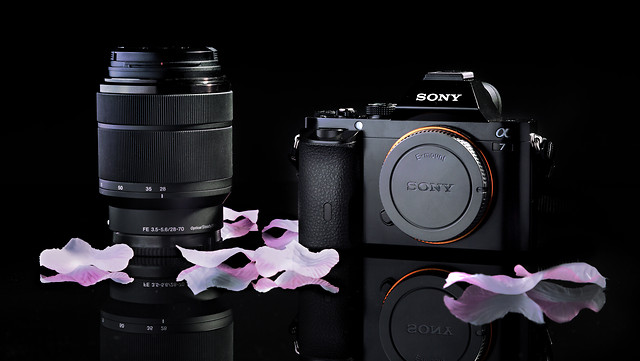 product-lens-shutter-zoom-no-person picture material
