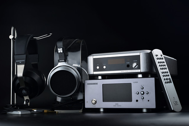 technology-equipment-electronics-wireless-modern picture material