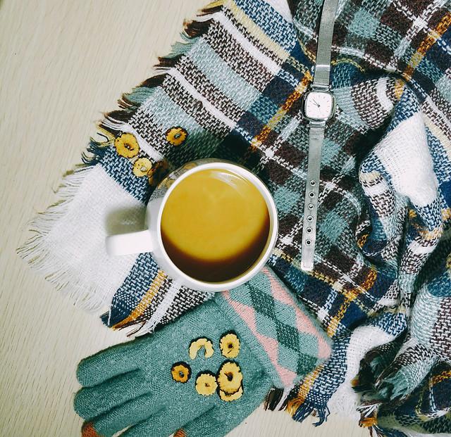 desktop-color-textile-tea-yellow picture material