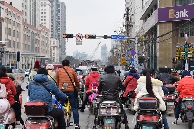 street-road-land-vehicle-many-traffic 图片素材